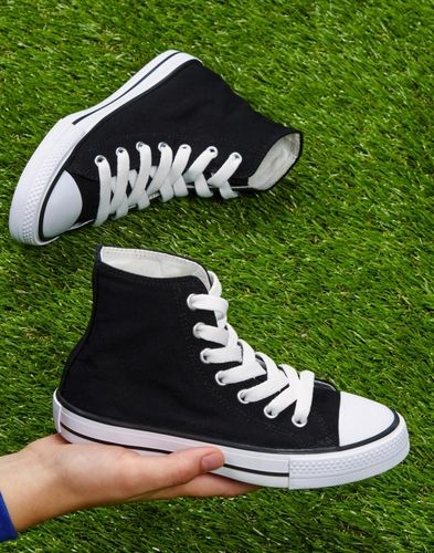 High-Top Canvas Schuhe (Chucks)